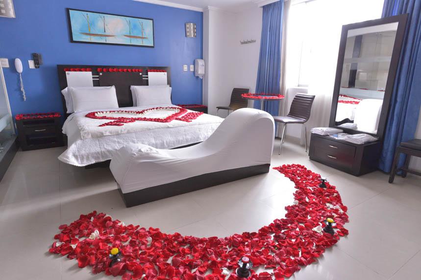 Decoraciones De Habitaciones Con Petalos De Rosas